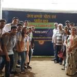 Kerala Relief mamterials at Howrah stn..jpg-2