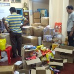 Samajam flood relief materials packing 5